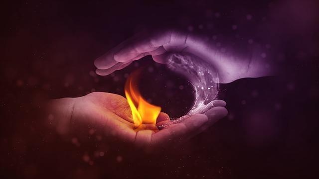 oheň na dlani