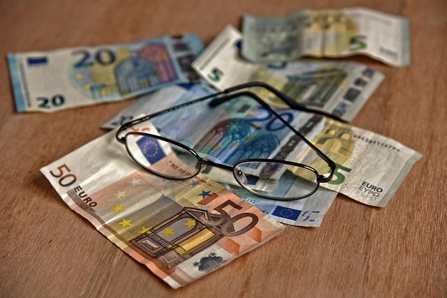 brýle na bankovkách