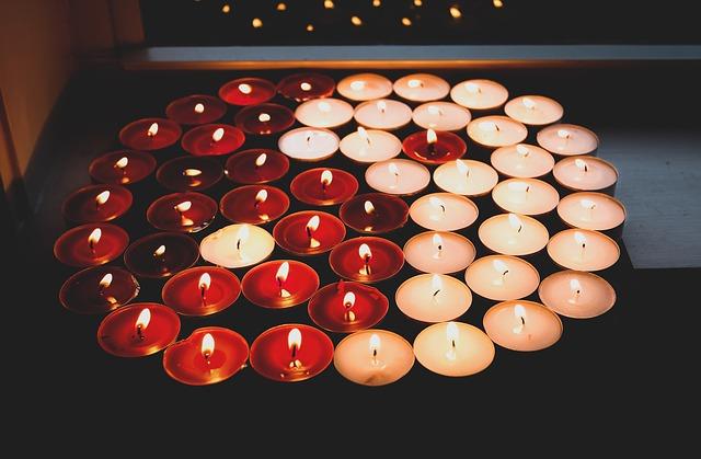 yin yang ze svíček