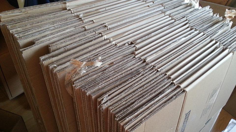 složené kartonové krabice